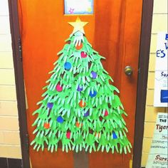 Hand print christmas tree school door decorations picture to pin on pintere School Door Decorations, Christmas Door Decorations, Handprint Christmas Tree, Kids Christmas, Xmas Tree, School Doors, Theme Noel, Decorating With Pictures, Classroom Crafts