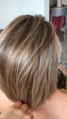 Funky Hairstyles For Long Hair, Haircuts For Medium Hair, Medium Hair Styles, Short Hair Styles, Short Highlighted Hairstyles, Aline Bob Haircuts, Layered Haircuts For Women, Hair Styles For Women Over 50, Honey Brown Hair