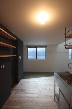 玄関土間&キッチン: 一級建築士事務所 Coo Planningが手掛けたキッチンです。 Osaka, Track Lighting, Ceiling Lights, Interior Design, Kitchen, Room, Inspiration, Home Decor, Japan