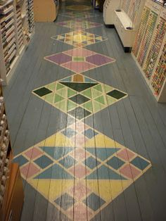 Quilt Shops: Florida painted wood floors!