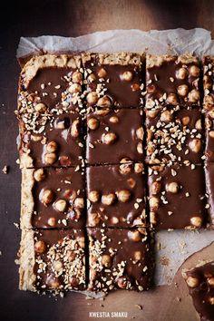 Mazurek Gianduia - Hazelnut and Milk Chocolate Cake Hazelnut Cake, Chocolate Hazelnut, Chocolate Cake, Cheesecakes, Delicious Desserts, Dessert Recipes, Pistachio Cake, Bowl Cake, Pastry And Bakery