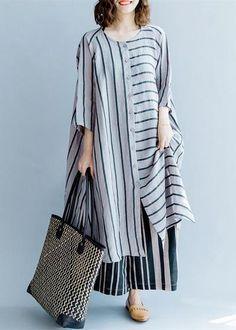Kurta Designs, Blouse Designs, Boho Fashion, Fashion Dresses, Fashion Design, Fashion Clothes, Mode Hijab, Linen Dresses, Tunic Dresses