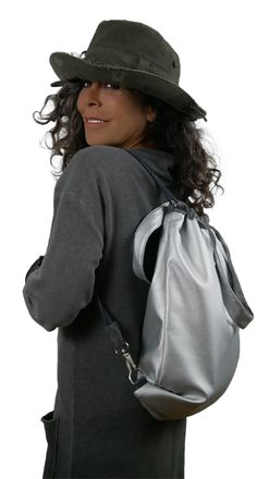 New Collection. Reversible trend bags for urbans. Wearable as back back and shopper. Frankfurt Manufacturing