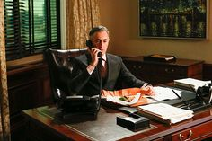 'The Good Wife': Anthony Weiner And Political Scandals Are 'The Gift That Keeps On Giving' In Season 5 Political Scandals, Politics, Josh Charles, Matt Czuchry, Biological Parents, Good Wife, Episode 5, Movies Online, Picture Photo