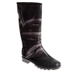 Stay dry on the wettest days with these women's rubber rain boots from Henry Ferrera. These sturdy mid-calf boots feature a subtle dolphin design for a hint of style, and the slightly padded footbeds will keep you comfortable all day.