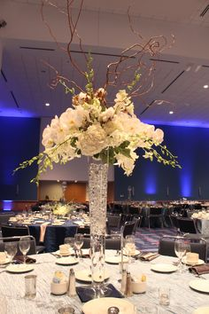 Carey Roberts Design, Winter Corporate Event, blue, event, floral, flowers, table setting, candle lighting