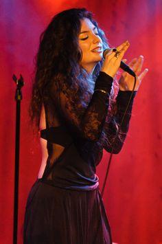 Lorde!!! New Album = <3