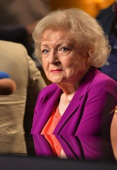 """""""Betty White is actually older than sliced bread"""" 77 Facts That Sound Like Huge Lies But Are Actually Completely True"""