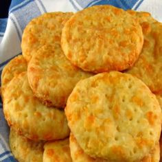 One Perfect Bite: Australian Busters (cheese biscuits) Savoury Biscuits, Cheese Biscuits, Cheddar Cheese, Anzac Biscuits, Cheddar Biscuits, Tea Cakes, Cupcakes, Aussie Food, Le Diner