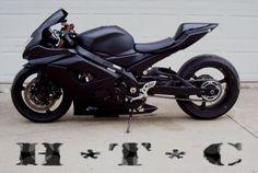 Note to self: 6 mths and I will have my own. Custom Street Bikes, Custom Sport Bikes, Custom Motorcycles, Cars And Motorcycles, Suzuki Motorcycle, Motorcycle Design, Motorcycle Gear, Drag Bike, Gsxr 600