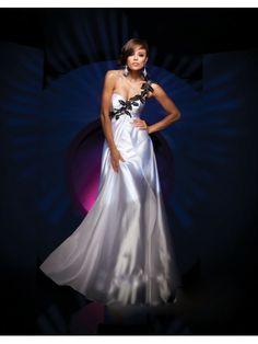 Taffeta A-Line Strapless Sweetheart Neckline Rouched Empire Bodice Prom Dress