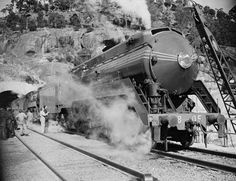 Weight testing the new Hawkesbury River Bridge in 1946. They used two 38 class locomotives (Today's restored 3801 is now the only one remaining in its class.)