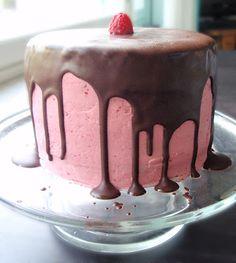 Marian pieni leipomo - Maria's little bakery: Vadelma-browniekakku Raspberry brownie cake