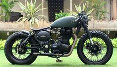 Royal Enfield 500CC de Rajputana Customs http://buenespacio.es/royal-enfield-500cc-de-rajputana-customs.html #motos #custom #motoscustom #royalendfield