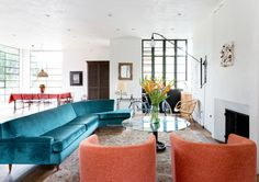 Color Me Obsessed - A Light-Filled Venice Home With European Sensibility  - Photos