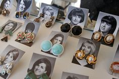Ideas jewerly store display flea markets for 2019 Market Displays, Ring Displays, Craft Show Displays, Display Ideas, Antique Booth Displays, Vintage Display, Vintage Store Displays, Earring Display, Jewellery Display