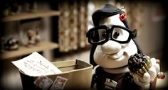 Mary and Max (Based on a True Story) :: A 2009 Australian clay-animated black comedy-drama film. A friendship started when a Mary Daisy Dinkle from Australia who wrote to Max Horovitz in New York. Mary And Max, Mary Mary, Clay Animation, Animation Film, Pixar, Barry Humphries, Max Movie, Philip Seymour Hoffman, Art Disney