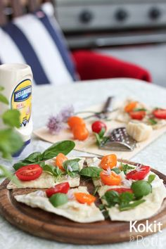 White BBQ sauce & grilled pizza | Kokit ja Potit