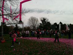 Pink Carpet Confetti Start - 2013 Making Strides Against Breast Cancer Milwaukee #StridesMilwaukee #MoreBirthdays #StridesMKE