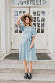 THE STIRLING BELTED DRESS IN SPRING BLUE