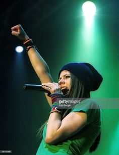 Photo of Avril LAVIGNE; 17-3-2003 Amsterdam, Avril Lavigne