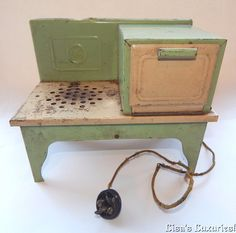 Kingston Antique Toy Electric Stove Range Oven. Electric Toy Stove Range Oven. Kingston Products Corps. Sheet metal is painted green & cream. Hinged oven door. Stands on 4 legs. Cloth covered cord (needs fixed). | eBay!