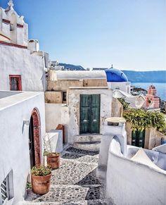 healthy people 2020 obesity and poverty action: Santorini Island, Santorini Greece, Athens Greece, Mykonos, Greece Cruise, Greece Travel, Italy Travel, Adventure Awaits, Viajes
