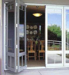 Puertas plegables casas contempor neas and tonos claros - Puertas de acordeon ...