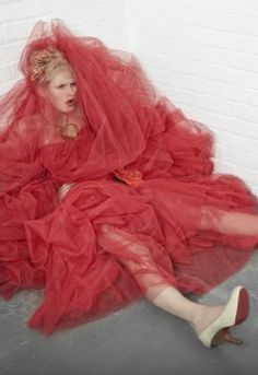 Vivienne Westwood Bridal – Look 8   Paperbag Frill Dress: Red Tulle dress with embroidered veil