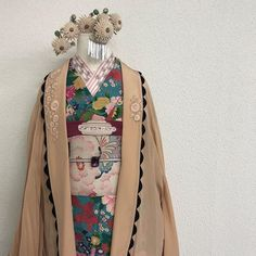 Kimono Japan, Yukata Kimono, Kimono Dress, Japanese Kimono, Traditional Fashion, Traditional Dresses, Cute Kimonos, Modern Kimono, Kimono Design