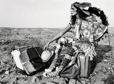 http://3.bp.blogspot.com/-kt2Lhin6QVk/T9nNhNeSwwI/AAAAAAAAFc4/0RSJGNvNptI/s1600/Daria+Werbowy+by+Mario+Testino+%2528Road+To+Marrakech+-+Vogu...