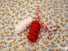 8 Martie, Evil Spirits, Lucky Charm, Red And White, Projects To Try, Handmade, Crafts, Diy, Hand Made