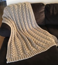 Afghans Free Knitting Pattern for Braided Cable Throw - Knitting patterns for afghans, blankets and throws with designs made from cables or Aran patterns. Several of the patterns are design for super bulky yarn or several strands of yarn knit together t… Knitted Throw Patterns, Baby Afghan Crochet Patterns, Knitted Afghans, Easy Knitting Patterns, Knitted Throws, Knitting Tutorials, Blanket Patterns, Crochet Granny, Stitch Patterns