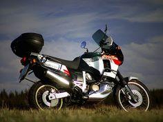 Honda XRV750 Africa Twin, Admirable Big-Trailie !
