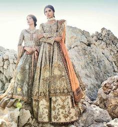 Pakistani vogue, so gorgeous Ethnic Fashion, Asian Fashion, Women's Fashion, Pakistani Outfits, Indian Outfits, Wow Photo, Indian Look, Pakistan Fashion, Desi Clothes