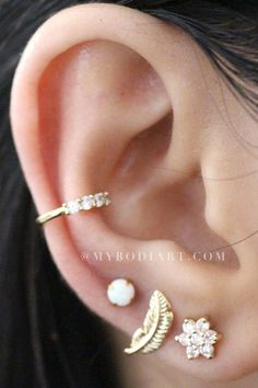 Check out MyBodiArt's Opal Cartilage Earring, Tragus Piercing, Helix Stud in Internally Threaded Gold. Available in or Diameter Opalite Opal. Ear Piercing Studs, Cute Ear Piercings, Multiple Ear Piercings, Conch Piercings, Ear Earrings, Cartilage Earrings, Silver Earrings, Tragus, Accesorios Casual