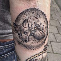 Susanne König Tattooer at Salon Serpent, Amsterdam susanne@salonserpent.com