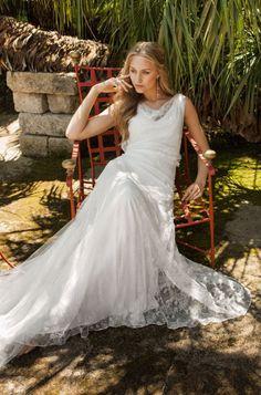 Brautkleid Clara von Rembo Styling Elfenbein in Größe 40 für 1200€ | auf Wunsch-Brautkleid.de
