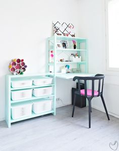 White SmartStore Baskets with plastic lids in the kids room