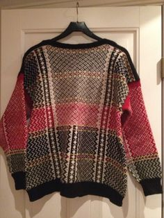 Norwegian Knitting, Sweater Weather, Sorting, Knits, Cross Stitch, Colorful, Pullover, Sweaters, Pattern