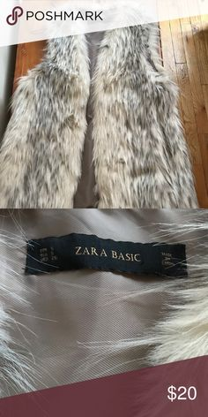 Zara faux fur vest Worn a handful of times, in great condition Zara Jackets & Coats Vests
