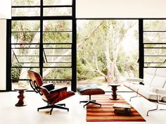 Everyone knows and loves the Eames Walnut Stools, and for good reason. Designed originally by Ray Eames, the Walnut Stools are made of solid wood and have become a key member of the Herman Miller Classics Collection. Charles Eames, Ray Charles, Canapé Design, Deco Design, House Design, Interior Design, Interior Decorating, Modern Interior, Herman Miller