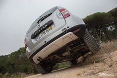 Dacia Duster 1.5 dCi 4X4   http://www.razaoautomovel.com/2014/11/dacia-duster-1-5-dci-4x4-mais-refinado