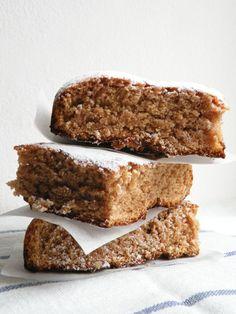 Adoro la cannella! Mi piacciono tuuuutti tutti i dolci e biscotti che contengono questa spezia: strudel di mele, cinnamon rolls , specul...