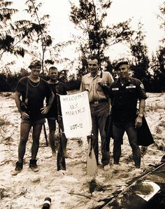 330-PSA-51-65 (USN 1109964F) (22527274968) - Underwater Demolition Team - Wikipedia Criminal Law, Navy Man, South Vietnam, Da Nang, Marines, Underwater, The Past, United States, Military