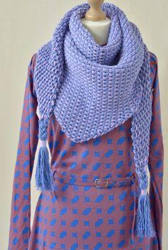 Tunisch gehaakte sjaal - TonSurTon - ByClaire - Haakpatronen, Haakboeken, Haakgaren Tunisian Crochet Patterns, Crochet Poncho, Knitted Shawls, Crochet Scarves, Diy Crochet, Crochet Clothes, Poncho Shawl, Vest Pattern, Scarf Hat