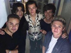 One Direction Harry Styles, One Direction Fotos, One Direction Concert, One Direction Wallpaper, One Direction Memes, One Direction Pictures, Zayn Malik, Liam Payne, Nicole Scherzinger