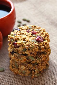 Pumpkin Breakfast Cookies Recipe - These are make-ahead AND healthy! All you need for busy mornings!