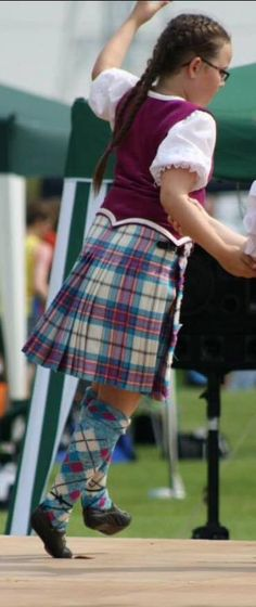 Kilt with fuschia vest from the back Stewart Tartan, Wales, Scotland, Vest, Pink, Dresses, Style, Fashion, Vestidos