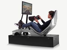 Nyck de Vries and Playseat Driving Simulator